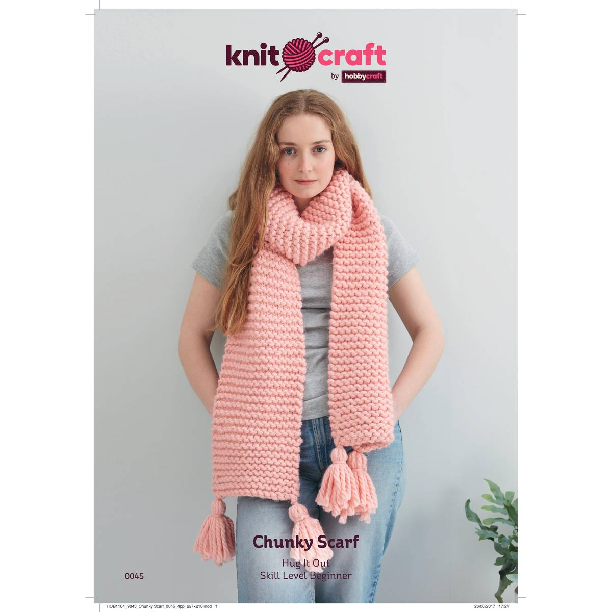 Knitting Scarf Pattern For Beginners Free Free Pattern Knitcraft Hug It Out Chunky Scarf 0045 Hobcraft