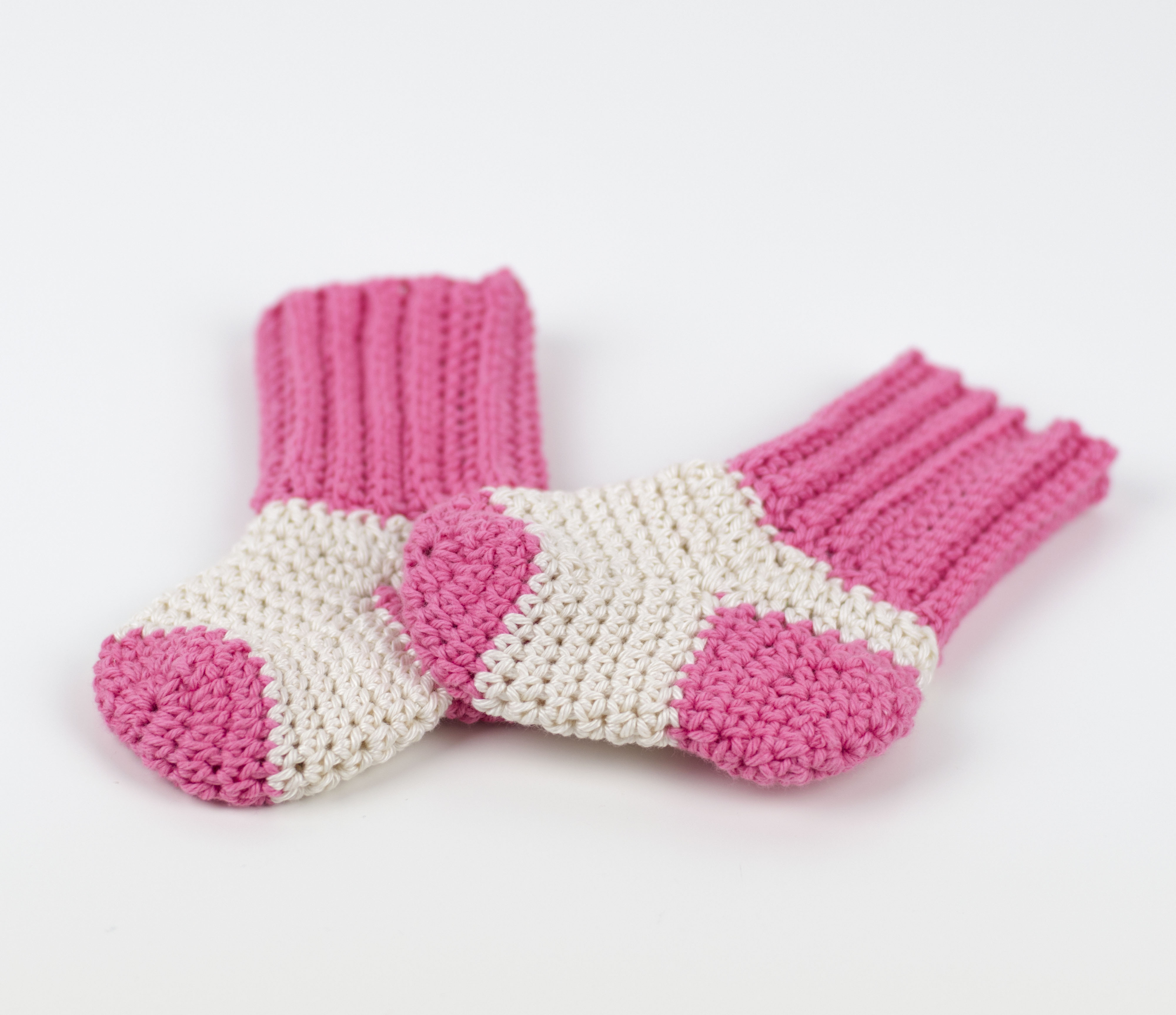 Knitting Sock Patterns For Beginners Free Pattern Tiny Socks For Tiny Feet Cro Patterns