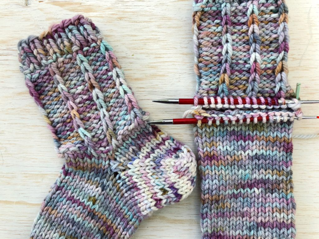 Knitting Socks On Circular Needles Pattern Afterthought Heel Knitting Socks Two At A Time Vickie Howell