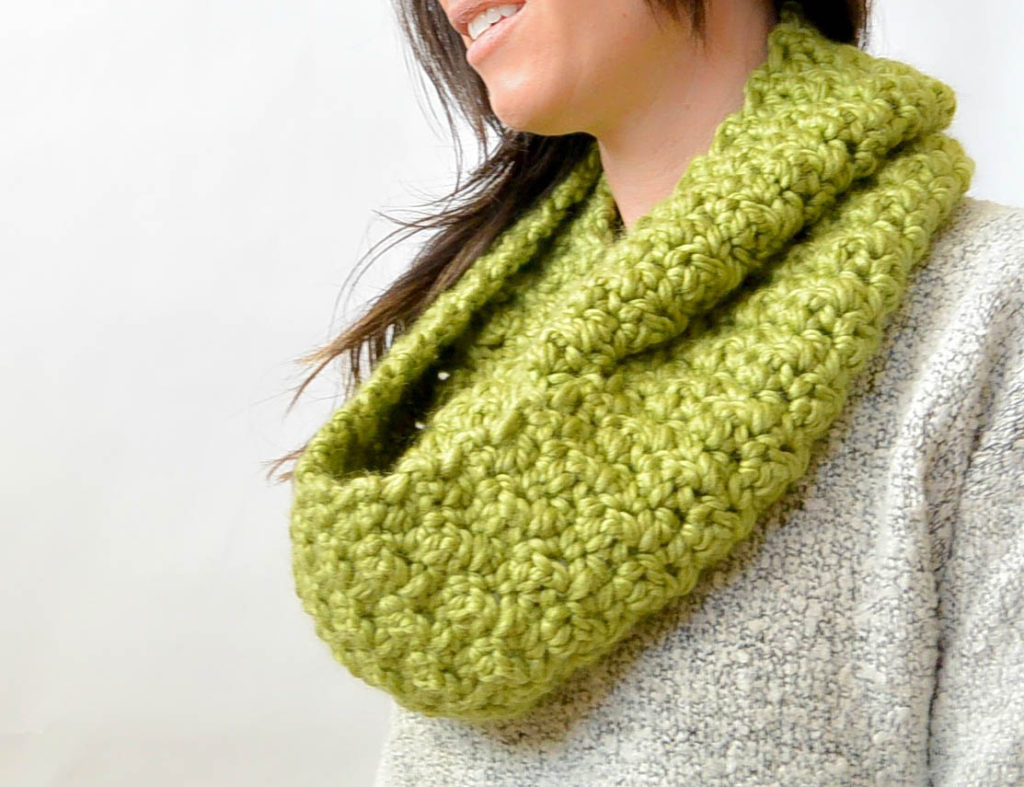 Loop Scarf Knitting Pattern Chunky Squishy Crochet Infinity Scarf Pattern Mama In A Stitch
