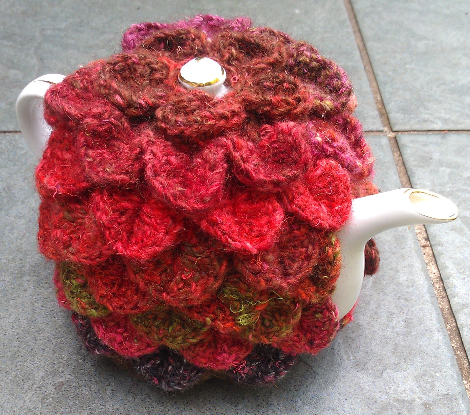 Patterns For Knitted Tea Cosies Craft A Cure For Cancer Free Tea Cosy Patterns