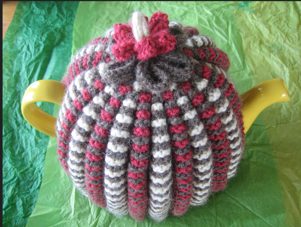 Patterns For Knitted Tea Cosies Made It Keep The Pot Hot Free Knitting Patterns For Tea Cosies