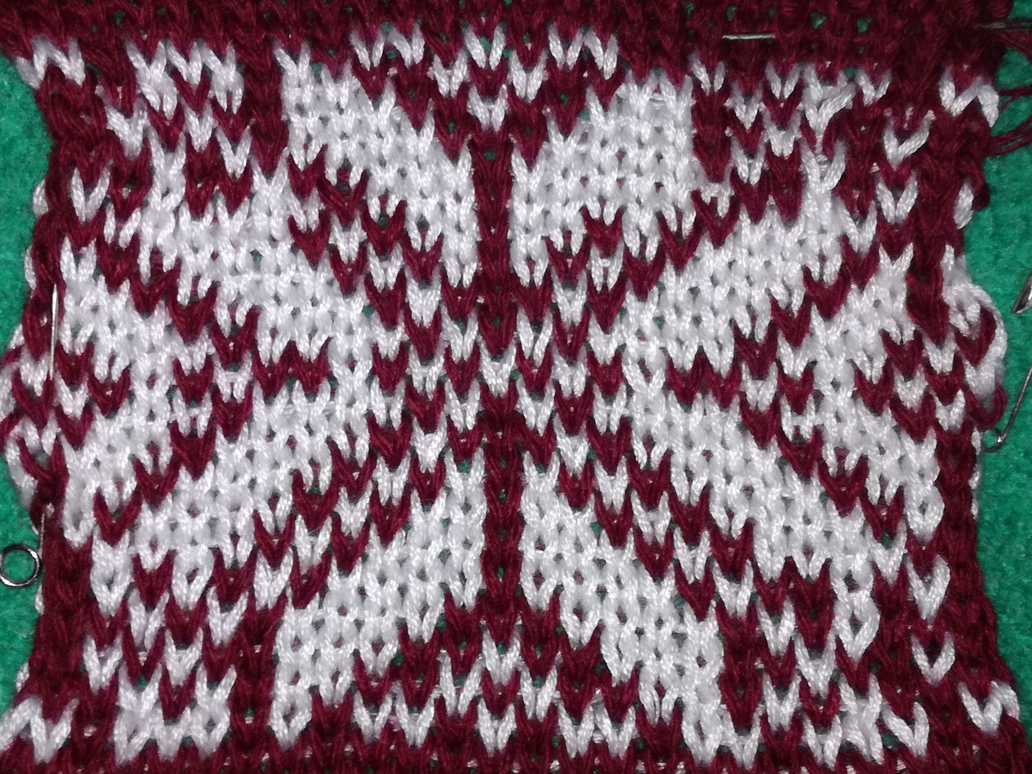 Snowflake Pattern Knitting 24stitch Punchcards Pattern For Machine Knitting Snowflake Pattern Explanations Added Colorful Fair Isle Pattern Barewolfpatterns