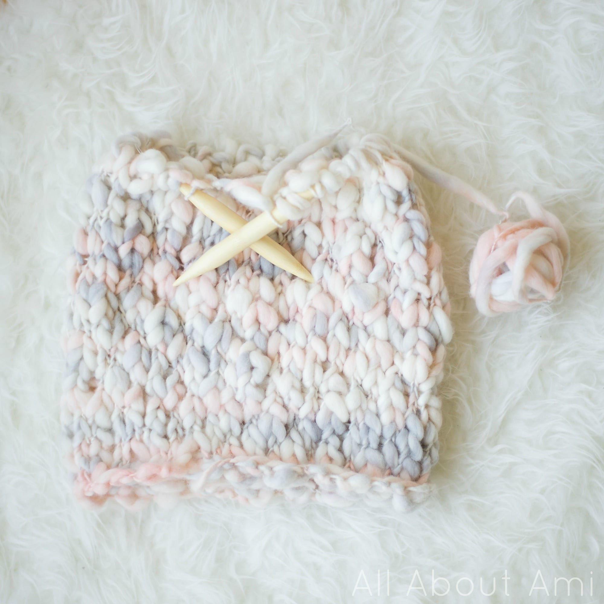 Thick And Thin Yarn Knitting Patterns Knitted Thick And Thin Cowl All About Ami