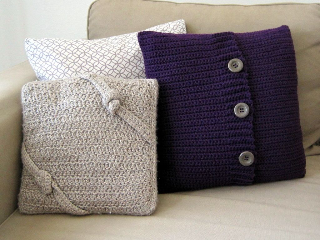 Free Cushion Cover Knitting Pattern Crochet Button Pillow Free Crochet Pattern