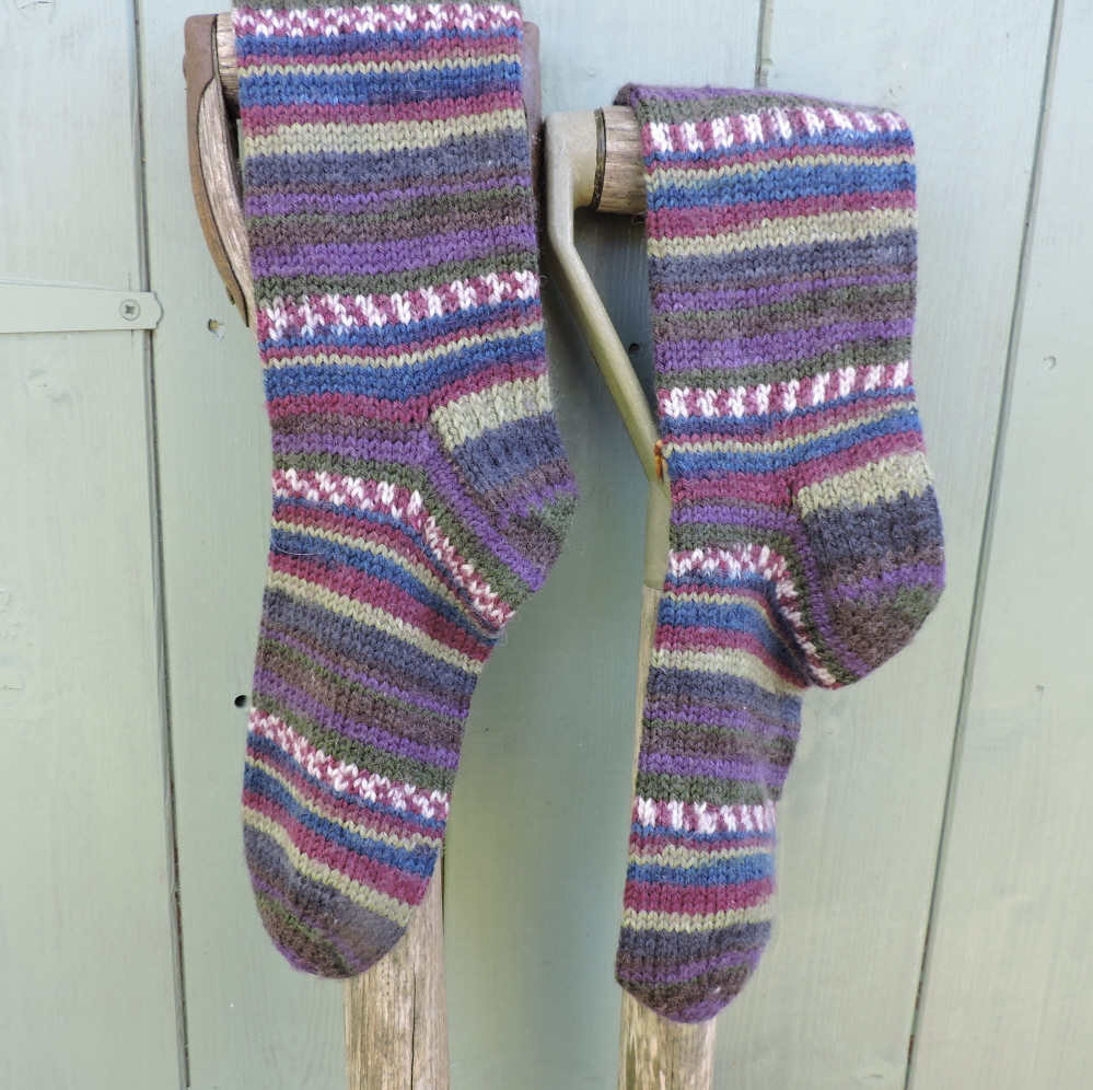 Free Knitting Patterns For Socks On Four Needles Knitting Patterns Dk Socks