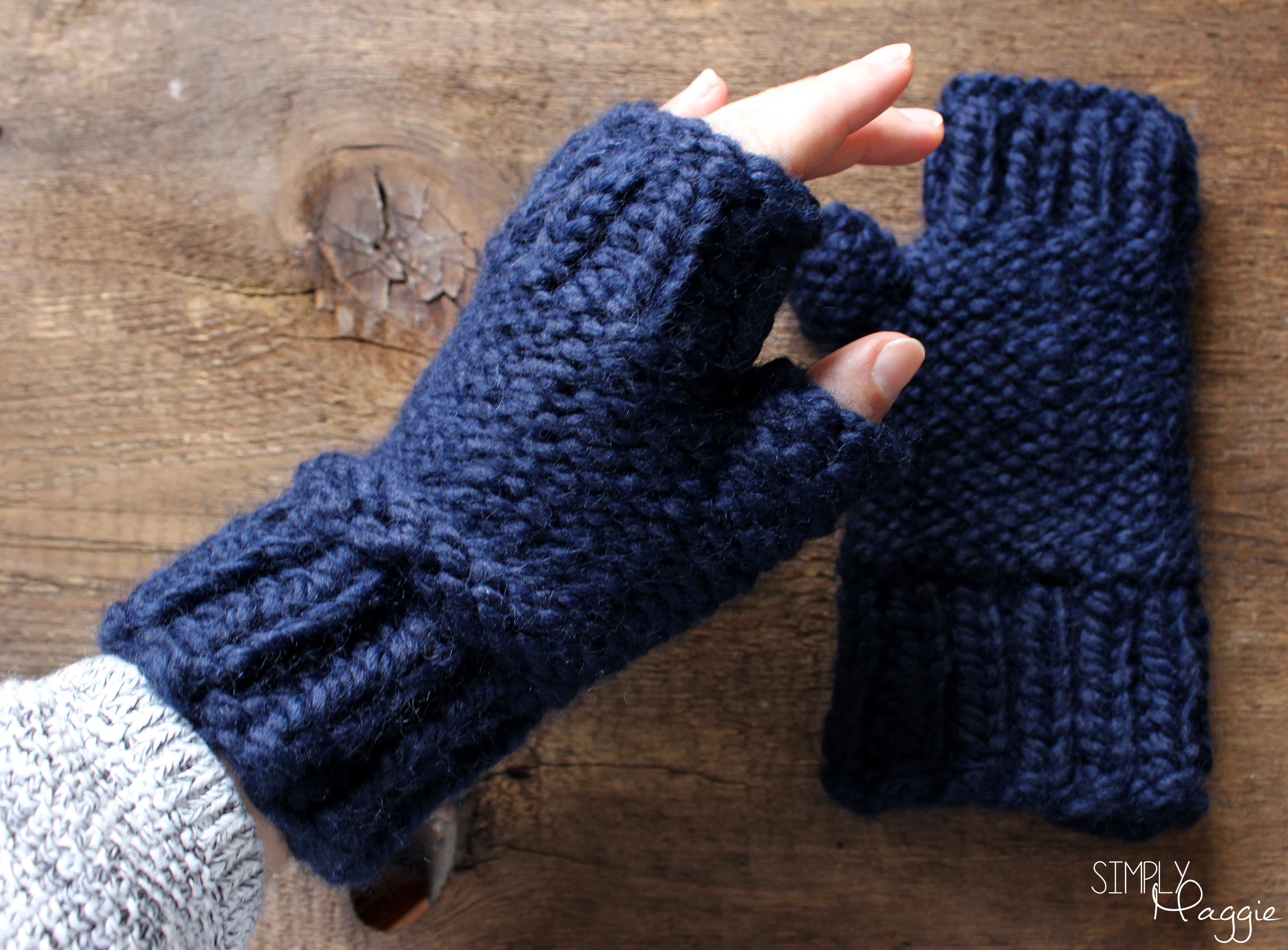 Knitting Pattern For Gloves Chunky Fingerless Mittens Pattern Simplymaggie