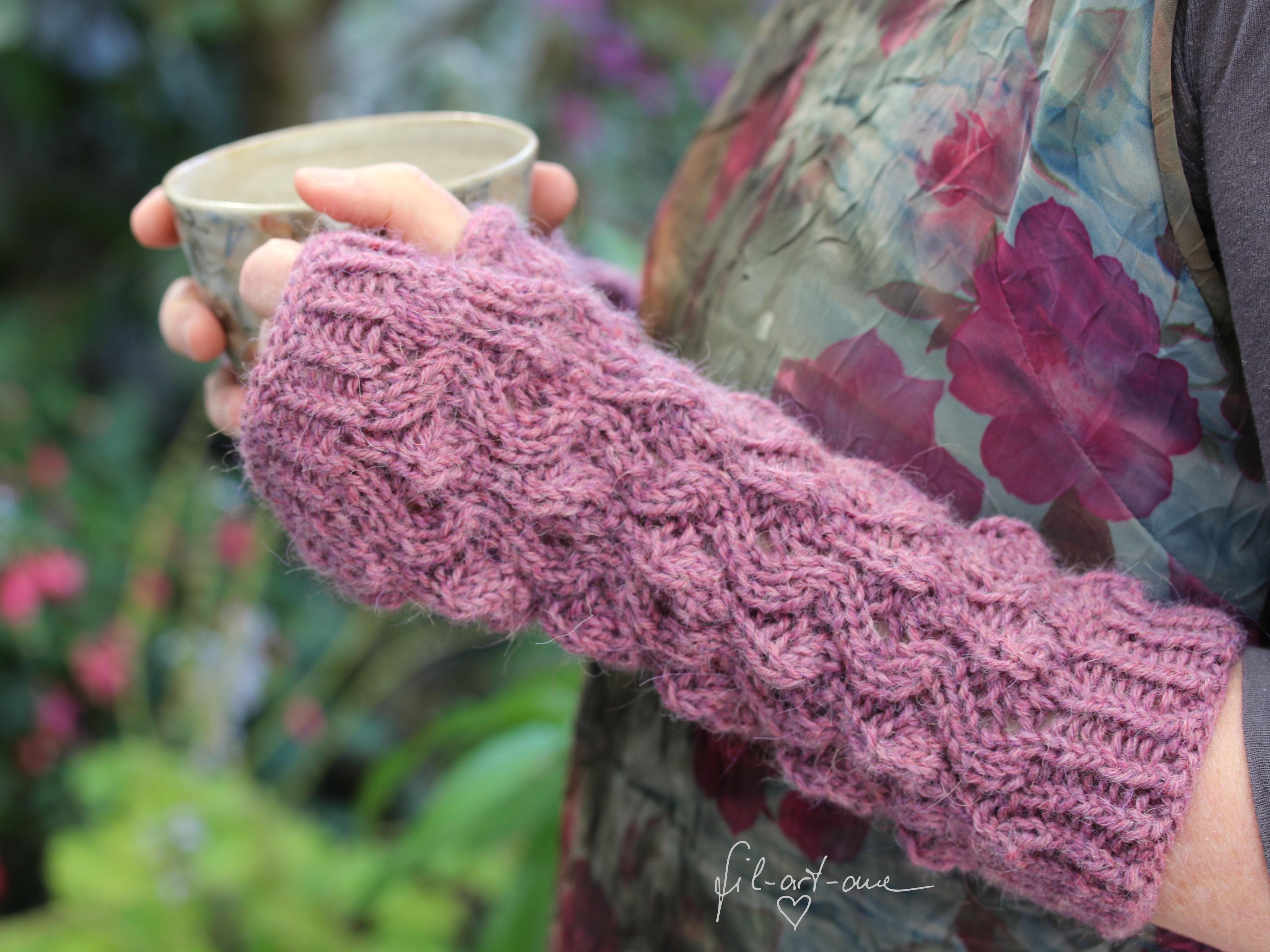 Knitting Pattern For Gloves Fingerless Gloves Kjellrun Knitting Pattern