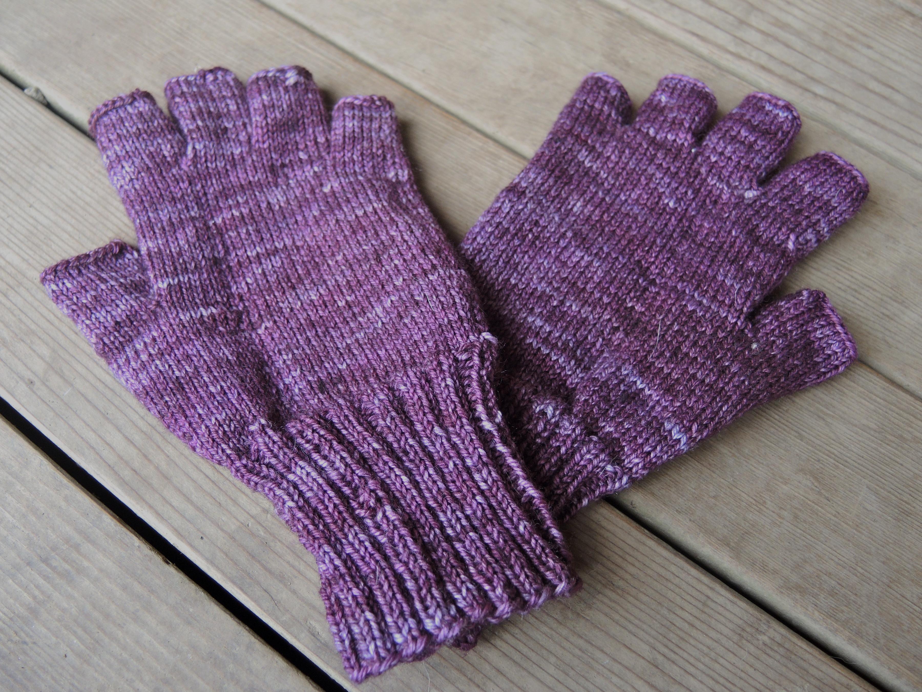 Knitting Pattern For Gloves Violeta Fingerless Gloves Blueberry Hill Crafting