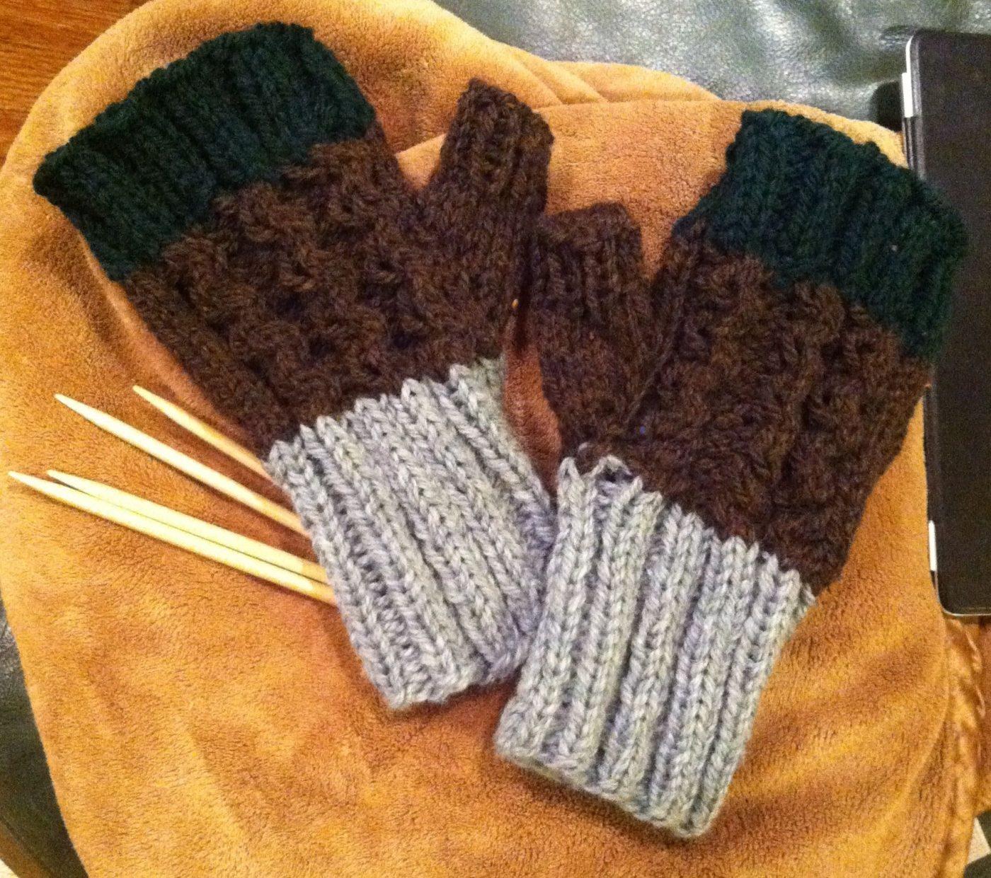 Mens Fingerless Gloves Knit Pattern Chunky Fingerless Glove Pattern For Men And Women Candace Hunter