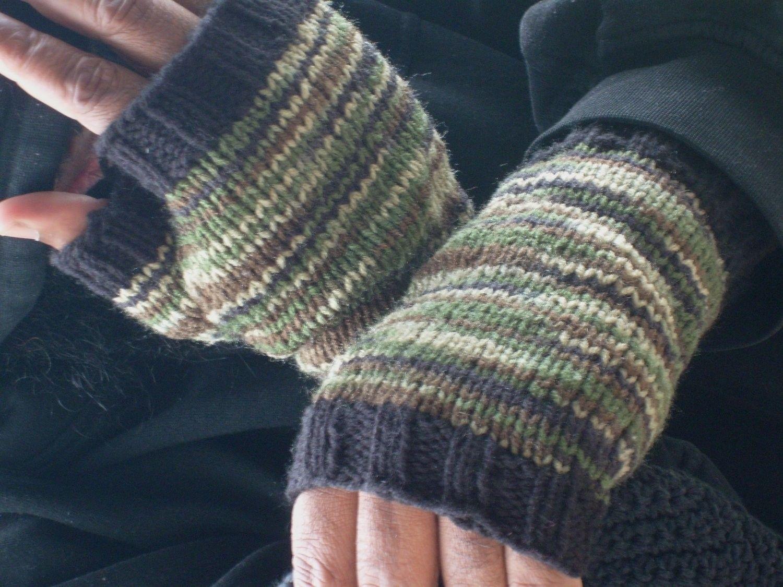 Mens Fingerless Gloves Knit Pattern Hand Made Hand Knit Fingerless Gloves For Men In Green And Black